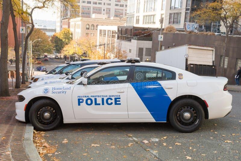 从联邦防护服务警察的推托车在西雅图,华盛顿,美国 免版税库存图片
