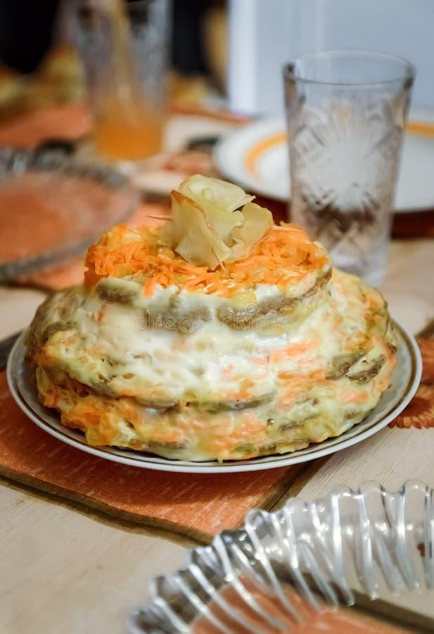 从肝脏薄煎饼和菜的蛋糕 库存照片