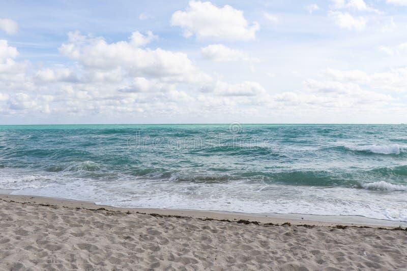 从迈阿密海滩的海视图 图库摄影