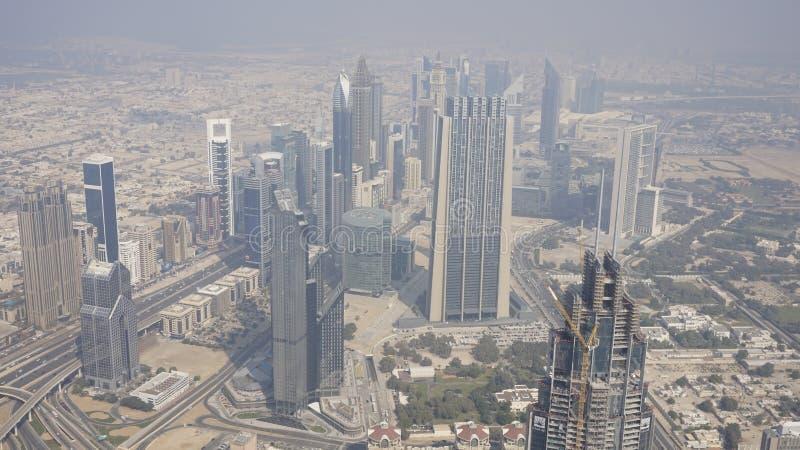 从124个地板水平的迪拜市 库存图片