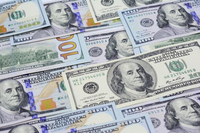 从100美元纸币或美元纸币的背景,看本杰明·富兰克林的画像 图库摄影