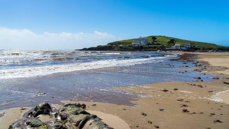 从Bigbury在海的自治都市海岛 库存图片