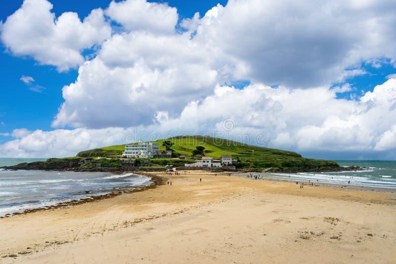 从Bigbury在海的自治都市海岛 免版税库存照片