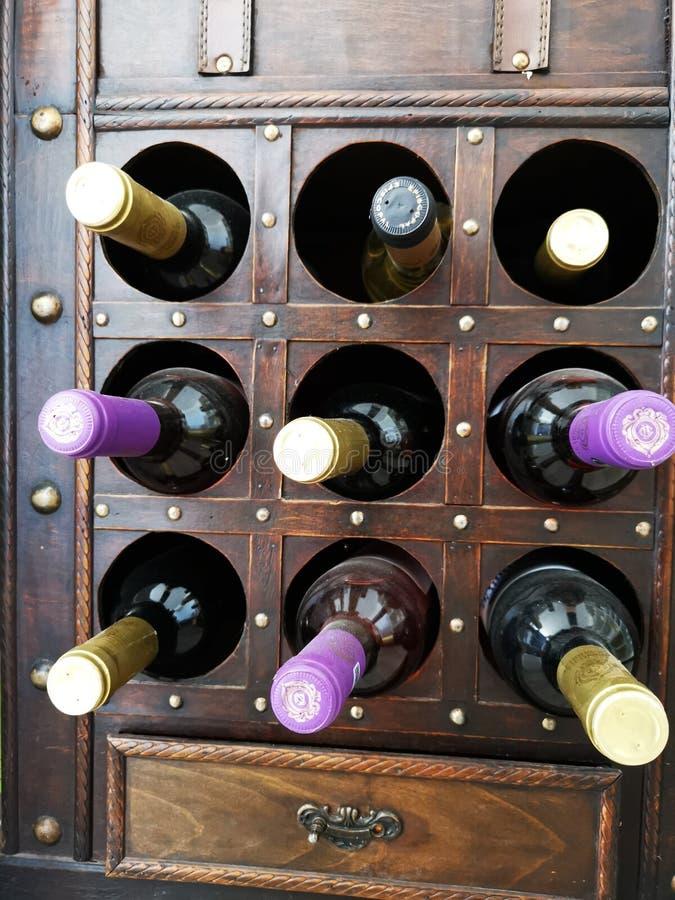 从Ciumbrud,罗马尼亚- Mureș岸的葡萄园的酒  库存照片