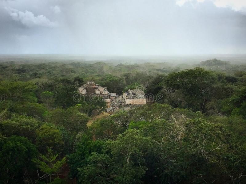 从Ekbalam废墟的密林视图 图库摄影