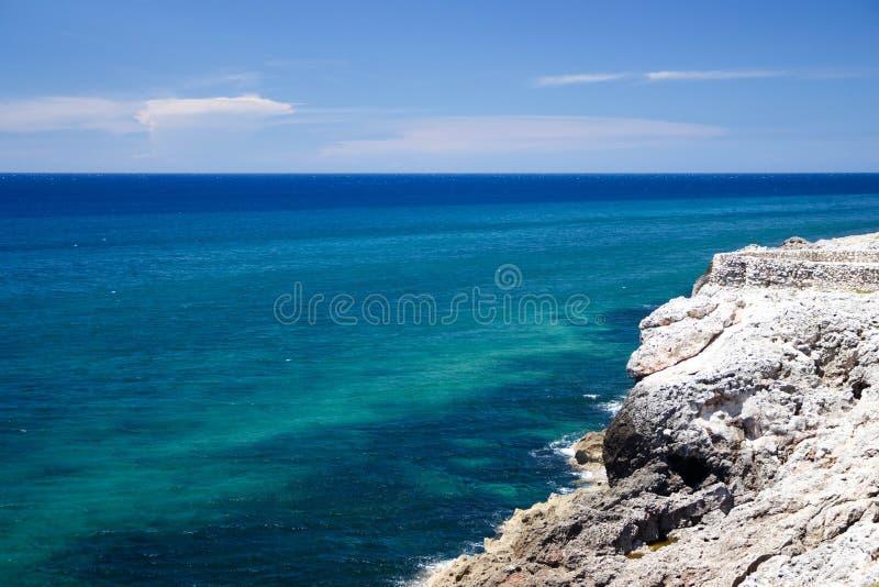 从El Morro堡垒的看法在哈瓦那,古巴 免版税图库摄影