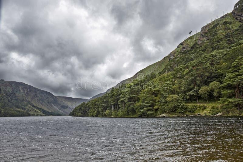 从Glendalough谷爱尔兰Sc的心脏的剧烈的风景 库存照片