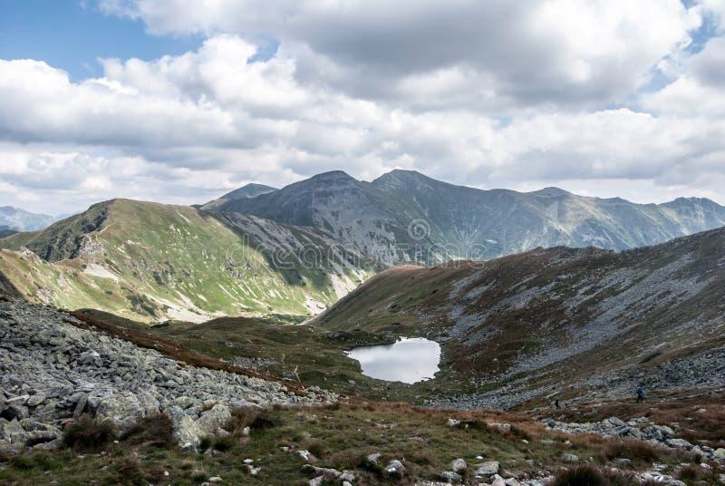 从Jamnicke sedlo山口的看法在Zapadne Tatry山在斯洛伐克 免版税库存图片
