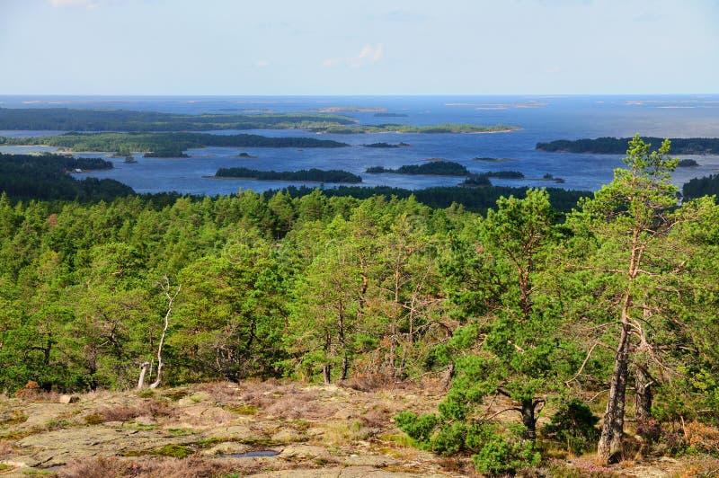 从Orrdalsklint, Aland,芬兰的视图 库存照片