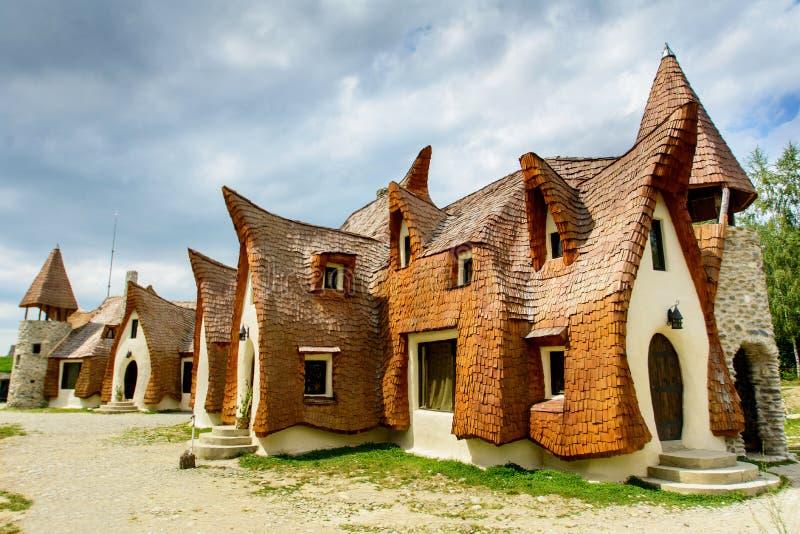 从Porumbacu de Sus村庄,锡比乌,特兰西瓦尼亚的黏土城堡, 罗马尼亚 图库摄影