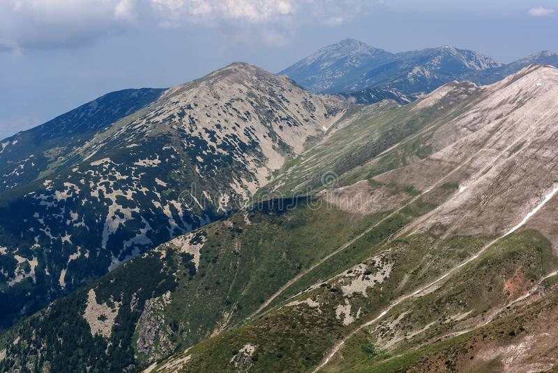 从Vihren高峰地区的全景 库存照片
