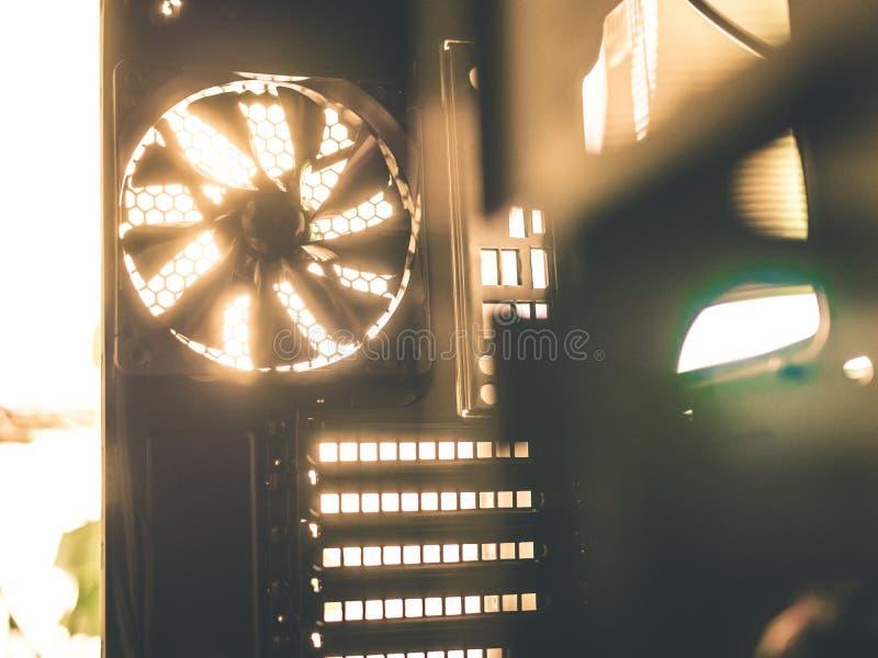 令人敬畏的技术电子冷却风扇 图库摄影