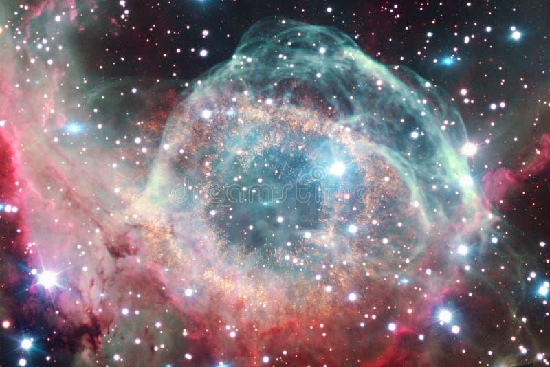 令人敬畏的星云 数十亿在宇宙的星系 免版税图库摄影