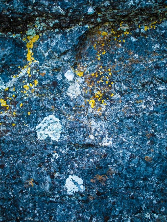 令人敬畏的自然岩石纹理 免版税库存照片