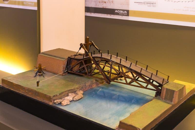 以列奥纳多・达・芬奇设备模型的部门、博览会和技术inventi命名的技术技术博物馆 免版税库存照片