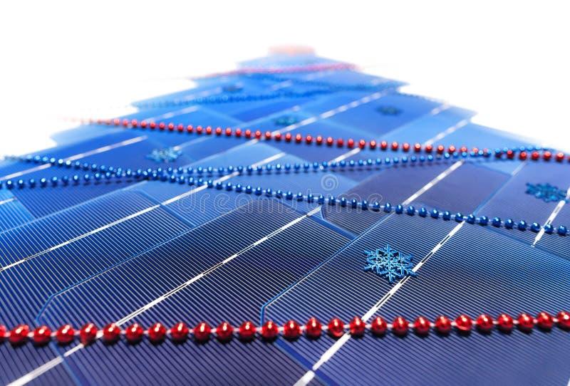 以圣诞树的形式太阳能电池 库存照片