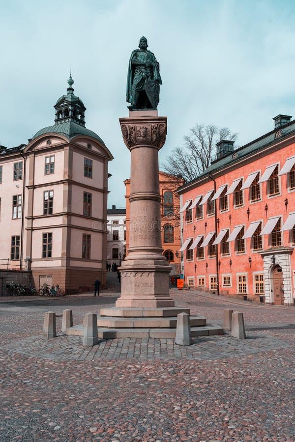 以记念比耶Jarl的斯德哥尔摩瑞典雕象城市的创建者骑士岛广场的 免版税库存图片