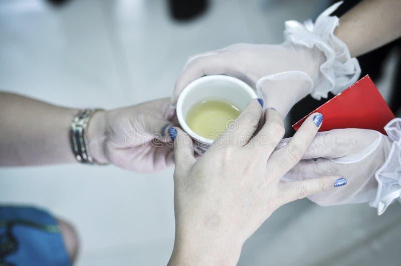 仪式中国茶婚礼 库存照片