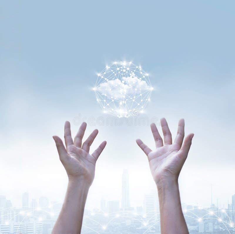 企业云彩计算的圈子全球网络连接摘要  库存图片