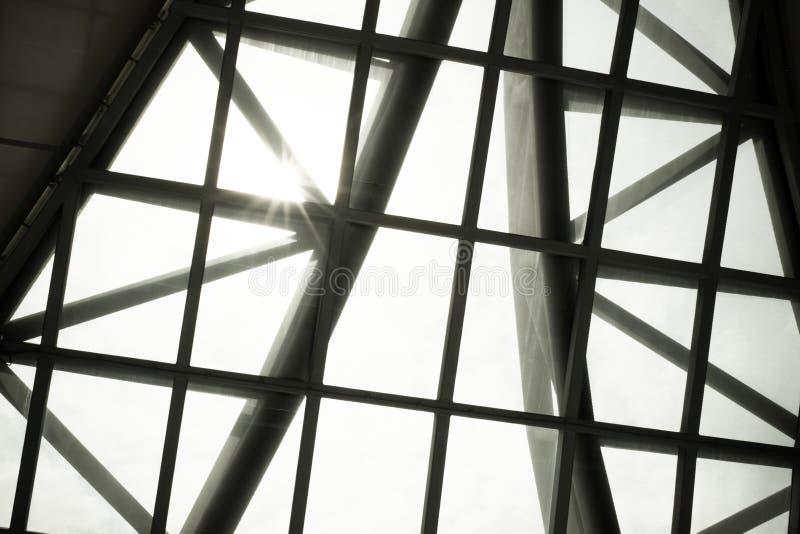 Download 企业修造的内部,在大厦屋顶, Structur的旭日形首饰 库存图片 - 图片 包括有 bulblet, 生活: 62527669