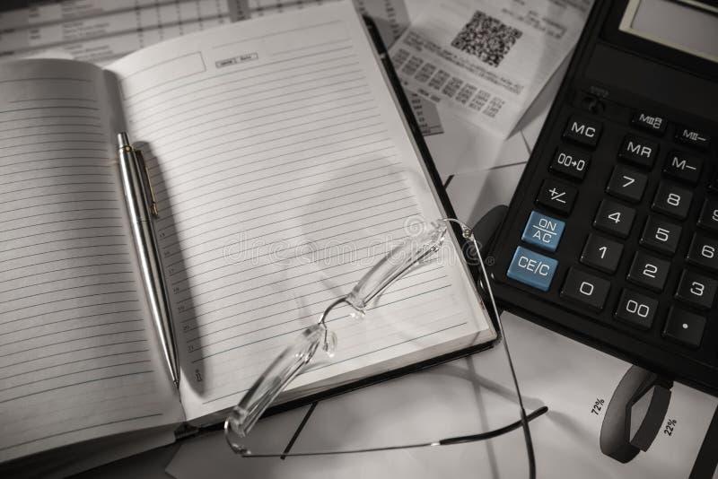 企业和税静物画概念 免版税库存图片