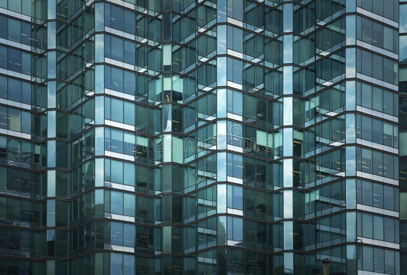 企业大厦Windows  免版税库存图片