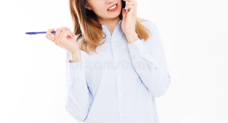 企业女孩播种的画象有智能手机的 tolking在电话的妇女 确信的经理年轻人 复制空间 库存图片