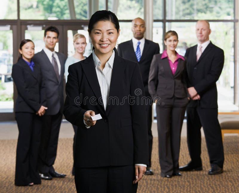 企业女实业家看板卡提供 库存照片