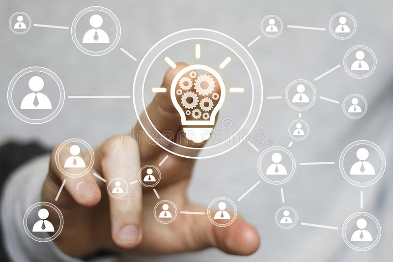 企业想法电灯泡齿轮网工程学按钮象 免版税图库摄影