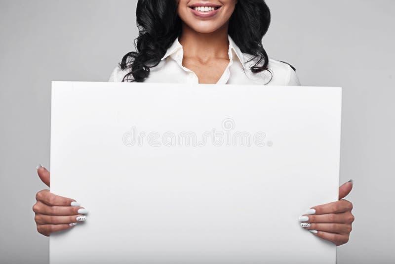企业愉快的纵向妇女 免版税库存图片
