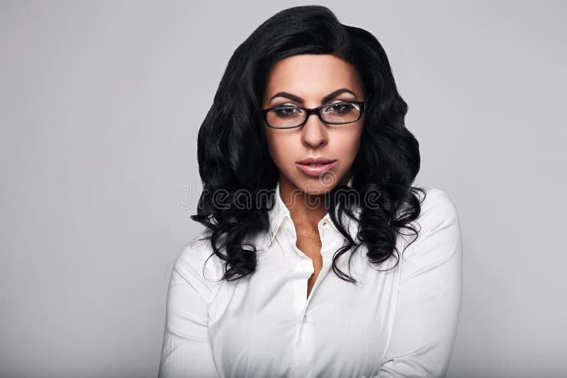 企业愉快的纵向妇女 免版税图库摄影