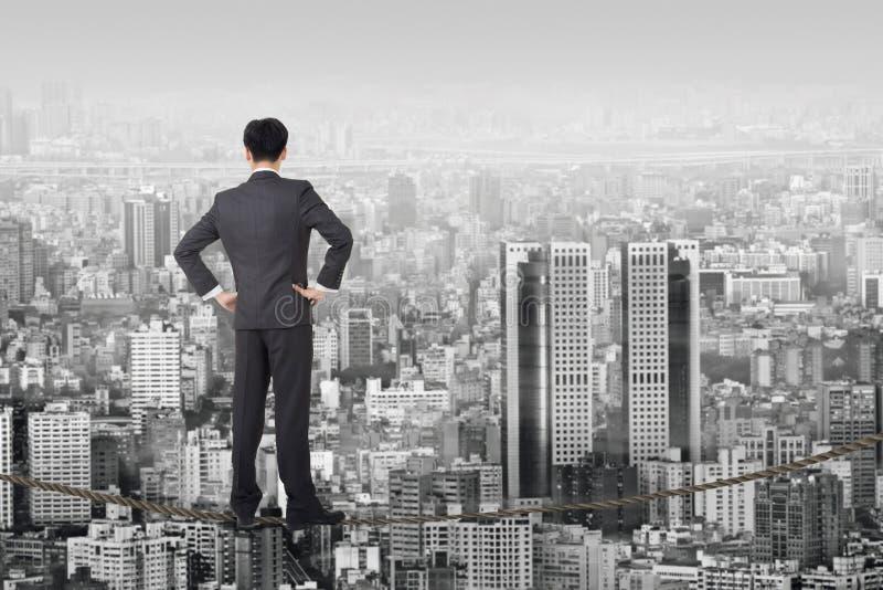 Download 企业未来 库存照片. 图片 包括有 室外, 雇佣, 梦想, 汉语, 人员, 生意人, 仔细, 平衡, 商业 - 30336314