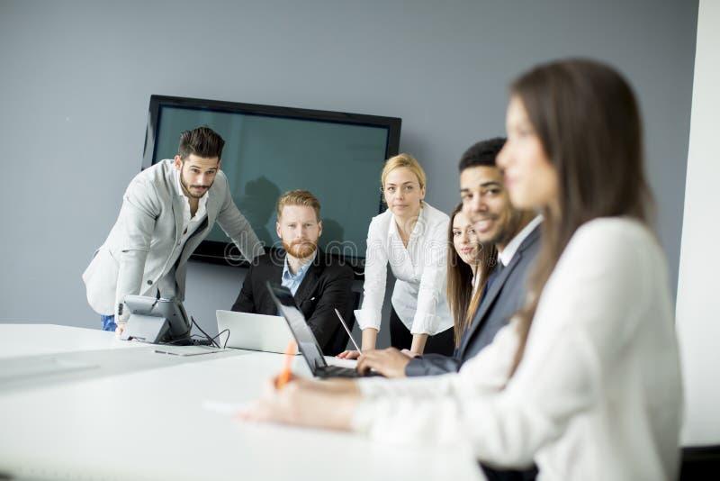 企业的队取得更好的结果 免版税库存图片