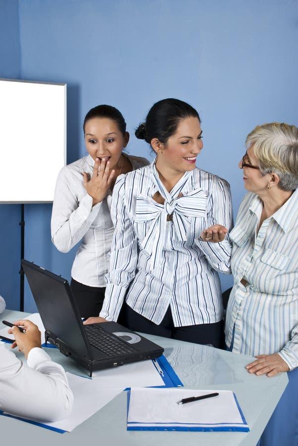 企业笑的办公室惊奇的妇女 图库摄影