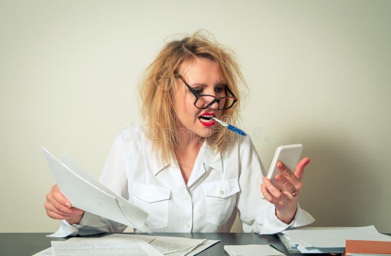 企业繁忙的妇女 免版税库存照片