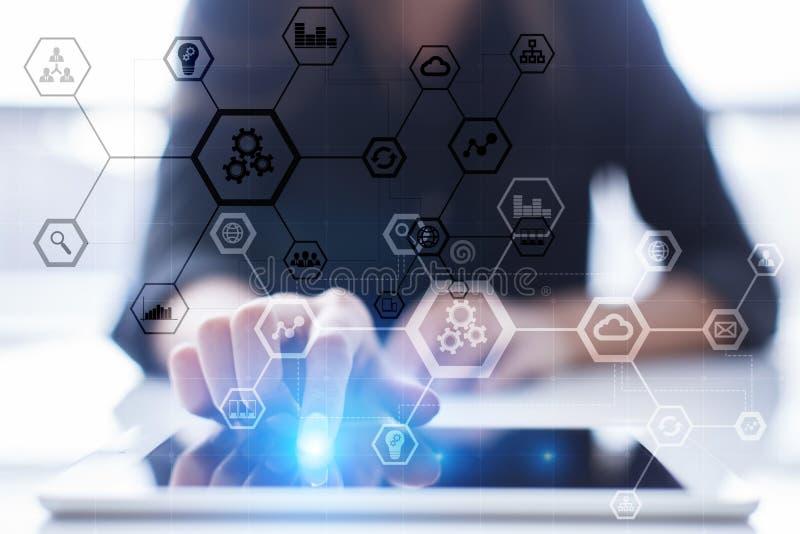 企业结构图、自动化、ERP或者产业4 在现代个人计算机虚屏上的0个概念 免版税库存照片