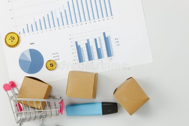 企业财务背景的台式视图空中图象 免版税图库摄影