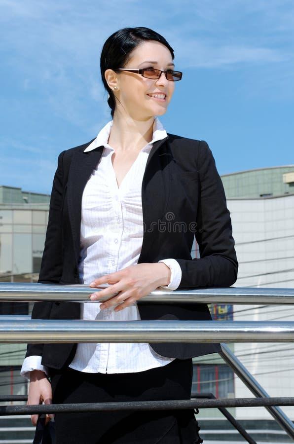 企业逗人喜爱的妇女年轻人 免版税库存照片