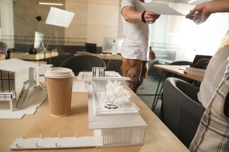 企业coffe办公室人 免版税库存照片