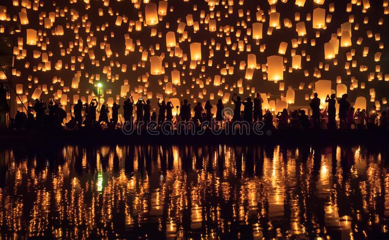 伊彭节日清迈,泰国 免版税库存照片