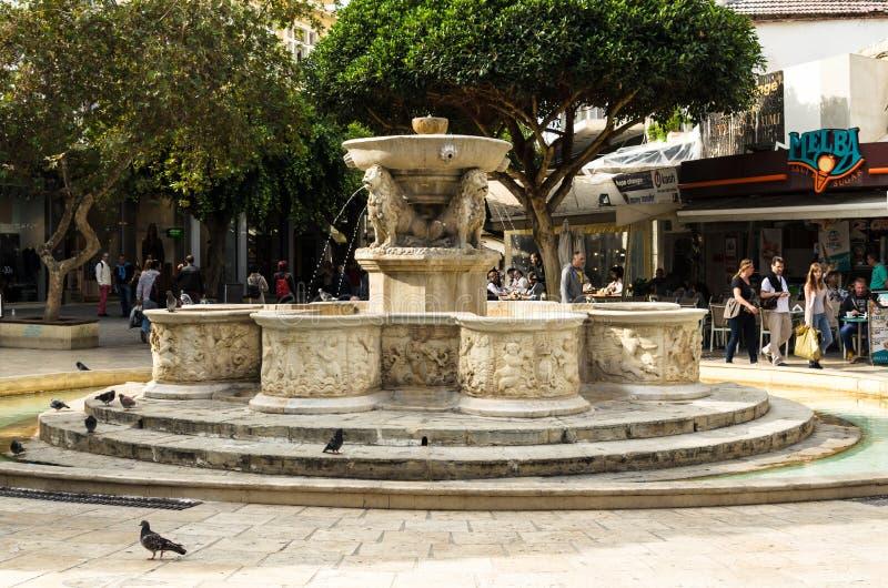 伊拉克利翁,希腊- 2017年11月:狮子喷泉或也Morozini喷泉 库存照片