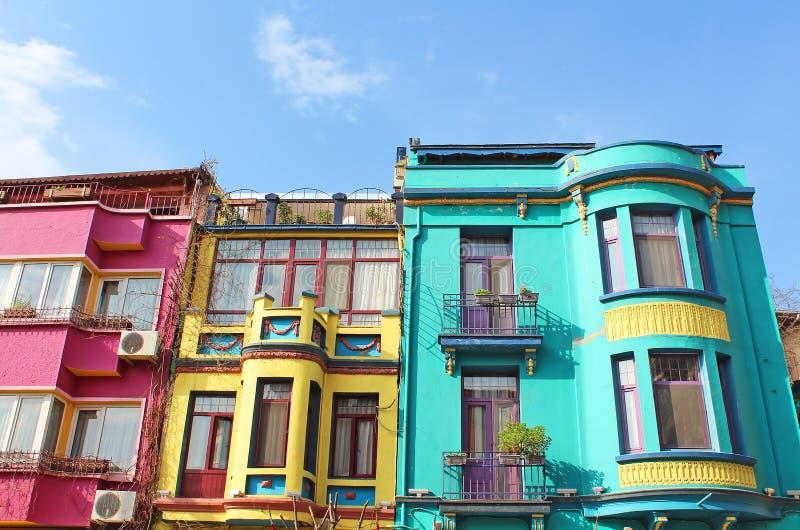 伊斯坦布尔五颜六色的大厦  免版税库存图片
