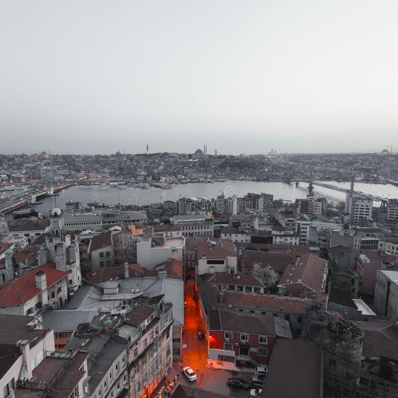 伊斯坦布尔全景晚上 图库摄影