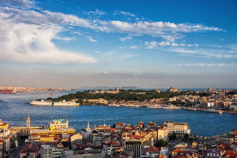 伊斯坦布尔日落都市风景城市 免版税库存照片