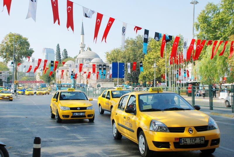 伊斯坦布尔街道出租汽车黄色 免版税库存图片