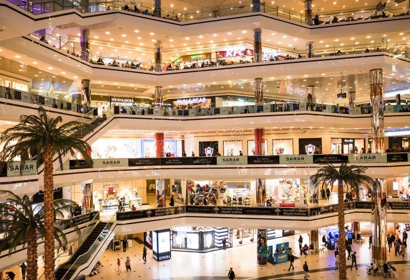 伊斯坦布尔Cevahir购物和娱乐中心,土耳其 免版税库存图片