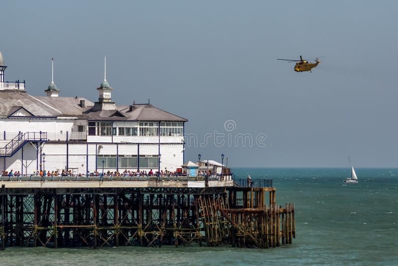 伊斯特本,东部SUSSEX/UK - 8月11日:HAR3海盗头子helicopte 库存照片