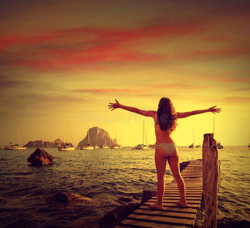伊维萨岛cala d霍特女孩码头日落ES韦德拉 免版税库存照片