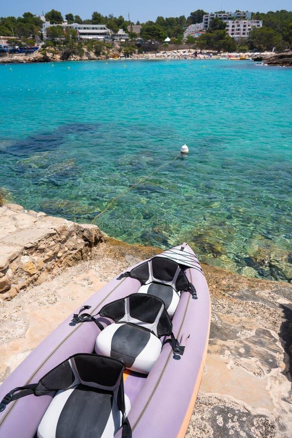 伊维萨岛Portinatx阿雷纳尔小的海滩在Balearics 免版税库存图片