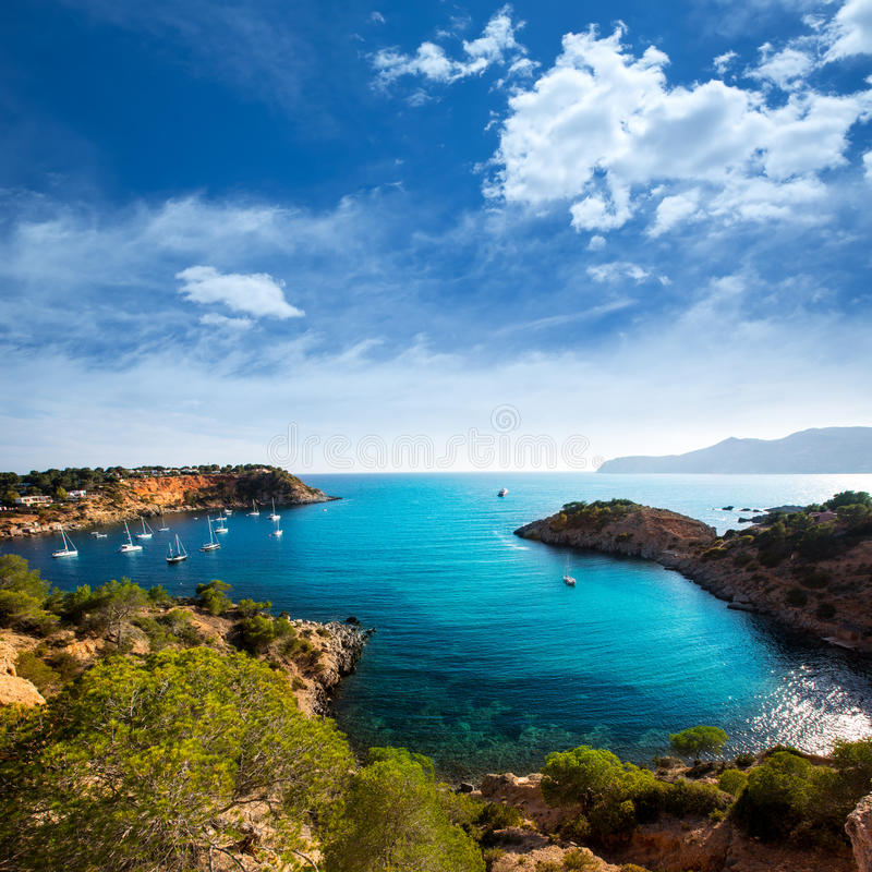 伊维萨岛ES Porroig也端起罗伊格景色在拜雷阿尔斯 免版税库存图片